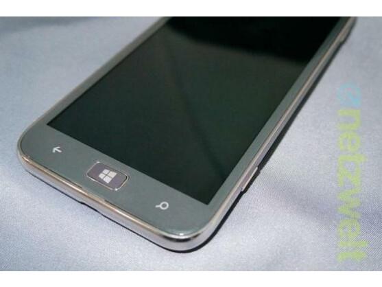 Das Samsung Ativ S soll laut Samsung 589 Euro kosten.