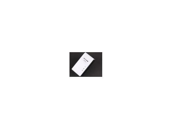 Einen sehr guten Kompromiss zwischen Preis und Leistung bietet TP-Links Powerline-Adapter-Set TL-PA511KIT. Das Paar ist für rund 50 Euro erhältlich und lockt mit hohen Übertragungsraten. Einen Minuspunkt verdient die beiliegende Powerline-Software.
