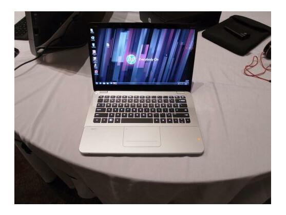 Es ist nicht ultradünn, dennoch gehört das HP Envy 14 Spectre zur Klasse der Ultrabooks.
