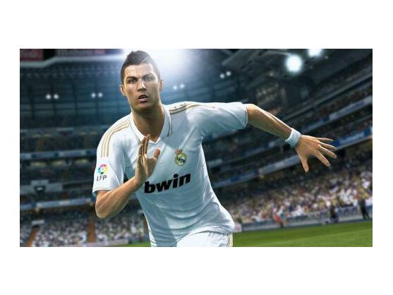 Das virtuelle Abbild von Cristiano Ronaldo soll in PES 2013 dem Original nicht nur optisch nahekommen, sondern auch im Spielverhalten.