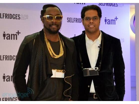 Will.i.am (links) und Chandra Rathakrishnan präsentierten in London das i.am+ foto.sosho-Kameraset für Apples iPhone.