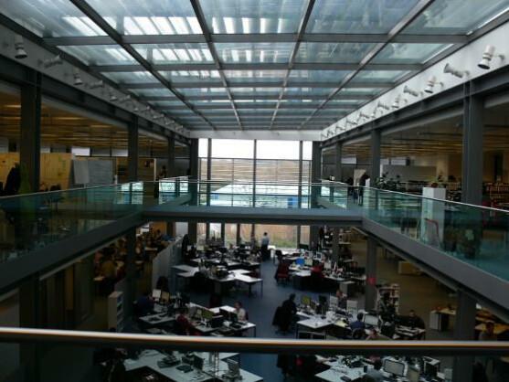 Im Innern des Gebäudes ist alles offen gestaltet.