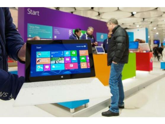 Microsoft feiert die Deutschlandpremiere des Surface Pro auf der CeBIT in Hannover. Es war eines der wenigen Produkt-Highlights der Messe.