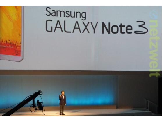 Samsung Mobile-Chef JK Shin präsentiert im Berliner Tempodrom das Galaxy Note 3.