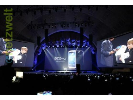 Samsung präsentiert da Galaxy S4 in New York.