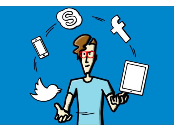 Spielerischer Umgang mit moderner Technik und Sozialen Netzwerken.