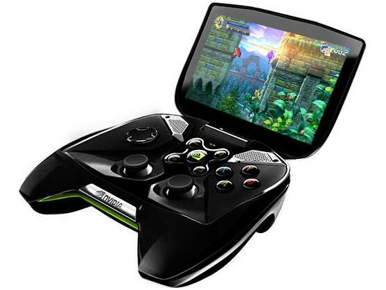 """Überraschung: Nvidia zeigte auf der CES mit dem """"Project Shield"""" eine eigene Spielekonsole."""