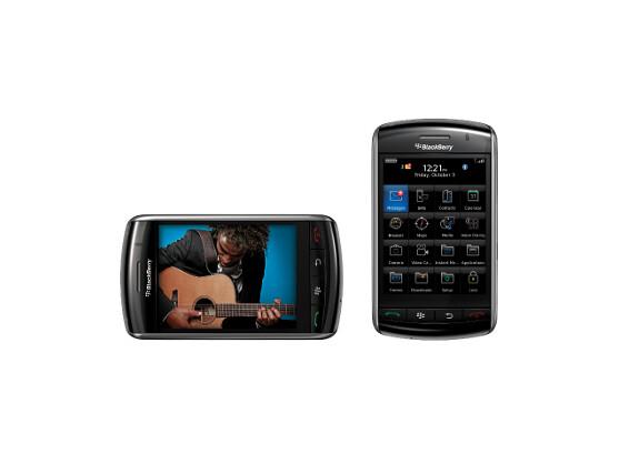 Der Sensor des Blackberry Storm erkennt, ob das Smartphone quer oder hochkant gehalten wird.
