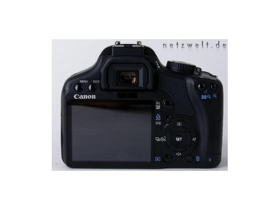 Rückansicht der Canon EOS 450D mit dem Drei-Zoll-Display