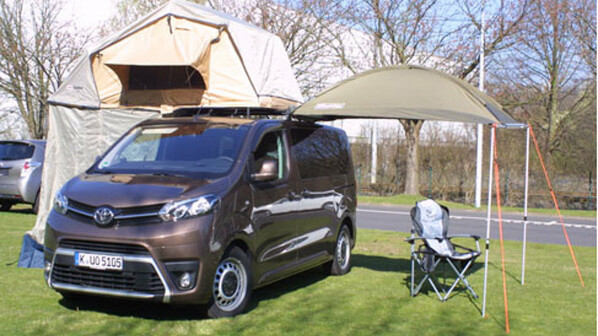 unter euro toyota proace verso ab werk als. Black Bedroom Furniture Sets. Home Design Ideas