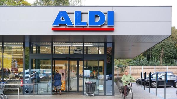 Aldi Gasgrill 2017 : Ostersale bei aldi: saugroboter und handys zu schnäppchen preisen