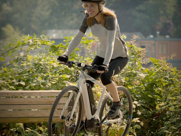 E-Bike, Pedelec oder Kraftrad: Definition, Gesetze, Geschwindigkeiten