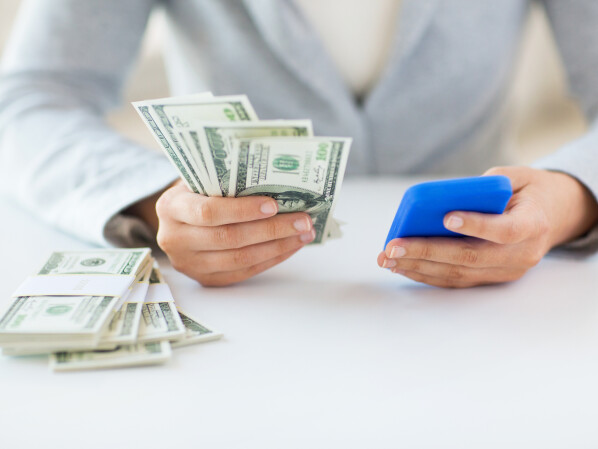 Make money with your phone? effective! We show you twelve apps that can increase your revenue.