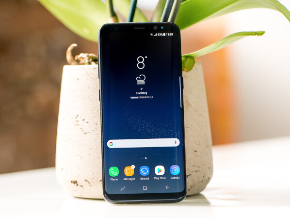 At Saturn, you receive the Galaxy S8 for only 419 Euro.