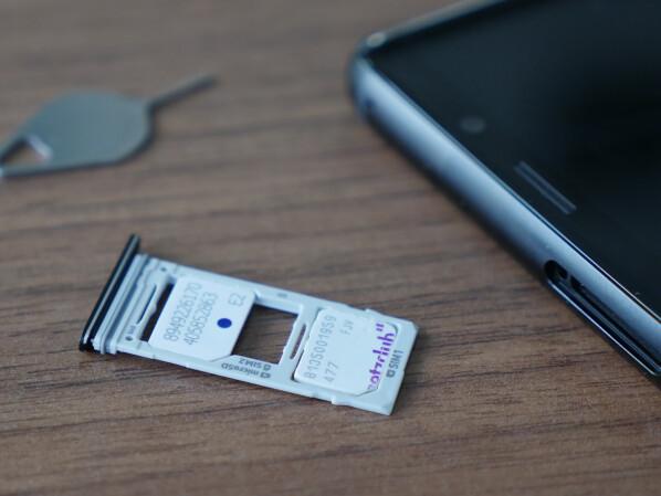 Wo Kommt Die Sim Karte Beim Iphone 5 Rein