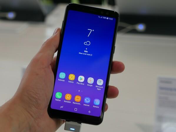 Galaxy A8 2018 Samsung Verteilt Android 8 Update In Deutschland