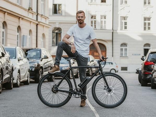 """E-Bike für 899 Euro: Joko Winterscheidts """"Sushi"""" betritt die Bühne"""
