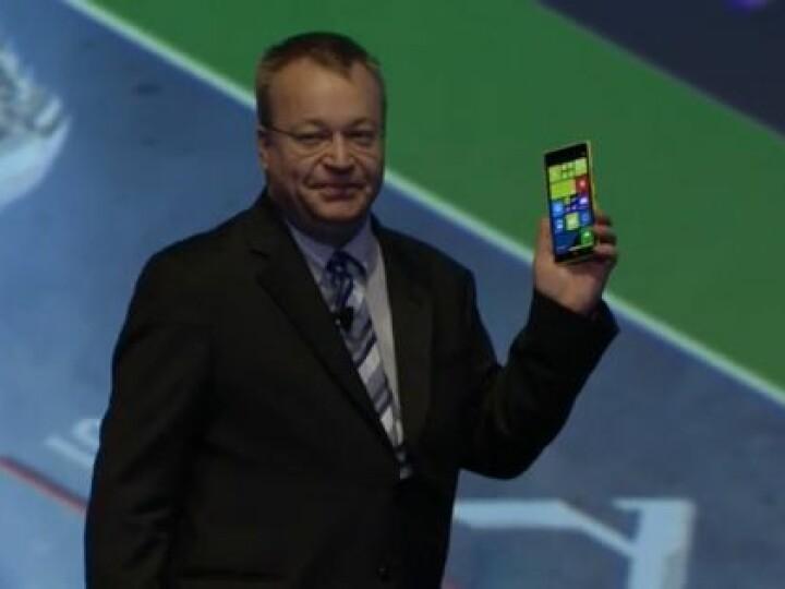 Der scheidende Nokia-Chef Stephen Elop präsentierte auf der Nokia World in Abu Dhabi das 6-Zoll-Smartphone Lumia 1520.