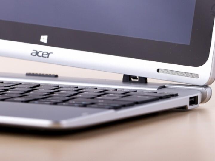 Magnetophil: Das An- und Abstecken der Tastatur macht dank kräftiger Magnete Laune.