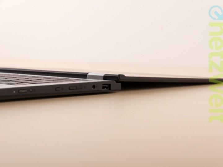So und noch viel weiter: Der Touchscreen des Lenovo Yoga 2 11 lässt sich um bis zu 360 Grad klappen...