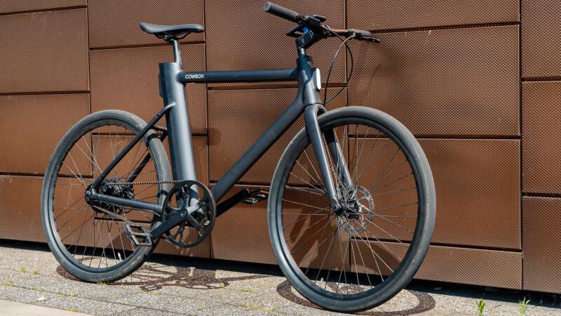E-Bike Cowboy für 1.990 Euro im Test: Plötzlich liegt uns die City zu Füßen