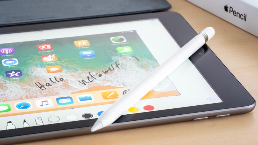 neues ipad apple stellt g nstigstes tablet mit pro. Black Bedroom Furniture Sets. Home Design Ideas